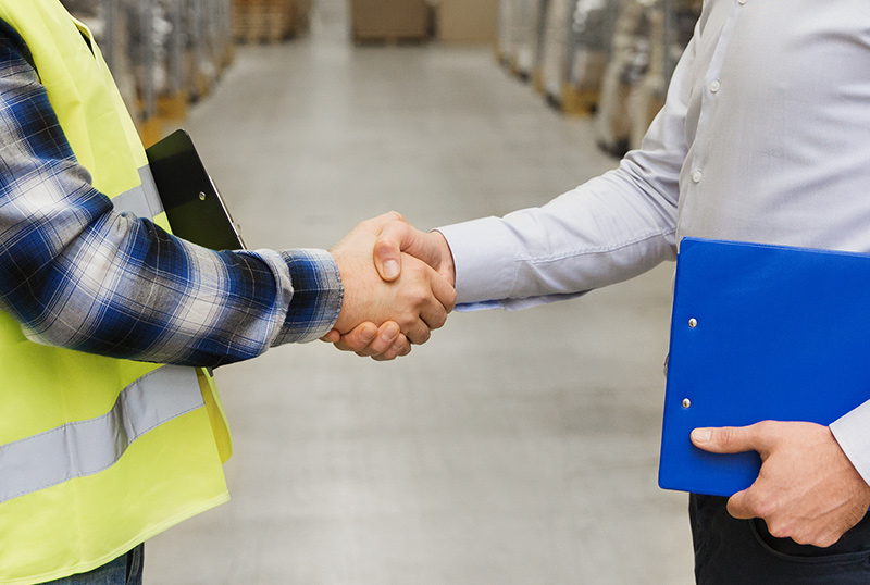 BLOG GREAT TECHNOLOGY HANDSHAKE - How to Sell your Great Technology To the World